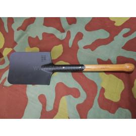 German WW2 M31 Shovel - Feldspaten