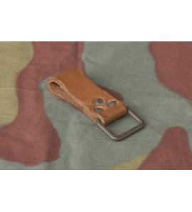 BROWN LEATHER BELT LOOP -USED