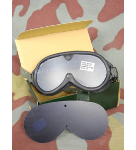 US Army M44 protection wind, sun and dust goggles for tank unit and Jeep drivers