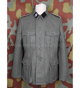 German WW2 Waffen SS M40 field tunic with insignia