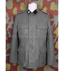 German WW2 Waffen SS M40 field tunic with insignia