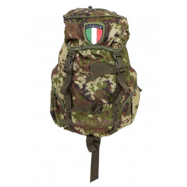 Green haversack pack with patch 15 LT 40x27x14 camo