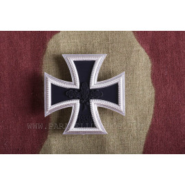 1957 Iron Cross Ist. class model