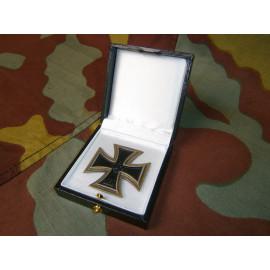 Iron Cross First Class LDO medal presentation box