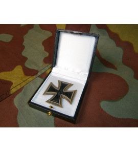 Iron Cross First Class LDO medal presentation box