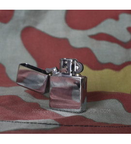 US petrol lighter WW2 model