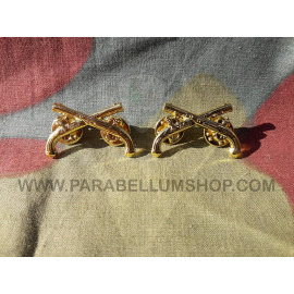 Officer Military Police collar insignia