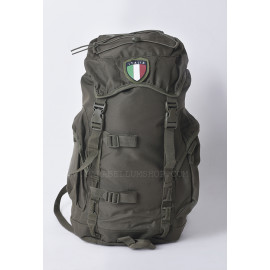 Green rucksack pack with patch 25 LT 45x30x18